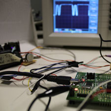 STM32 board and oscilloscope